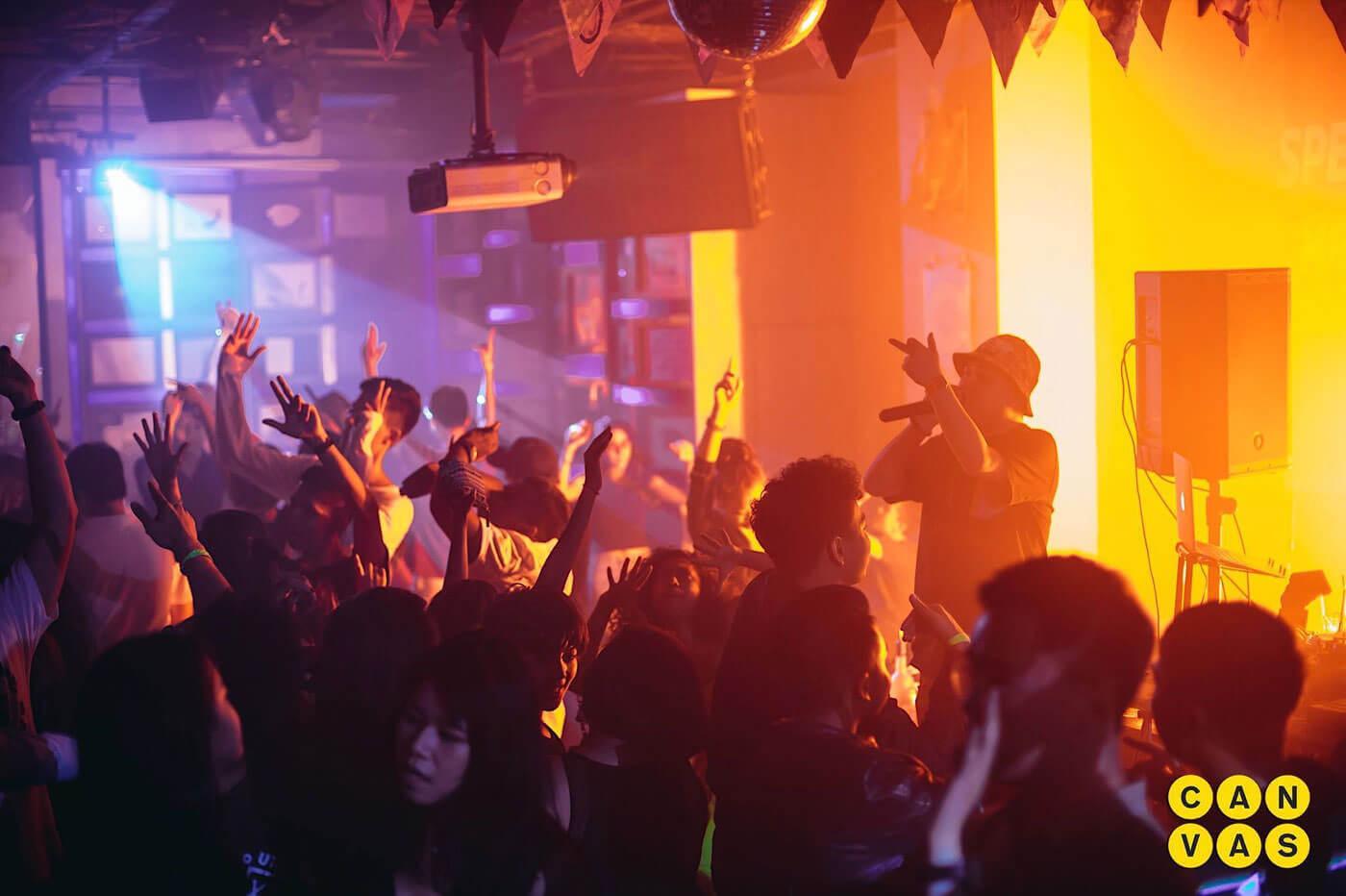 quán bar nổi tiếng ở singapore